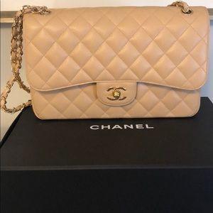 d858d6e8b1e64b Women Chanel Classic Flap Bag Beige on Poshmark